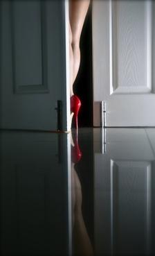 cerrando_la_puerta